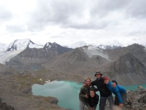 Onno, Tamar, Jon and Jude at the top of the pass, just before it started snowing