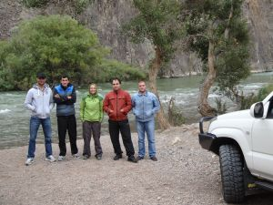 our 4 Kazakh friends and their new Prado at the bottom of Sharyn Canyon
