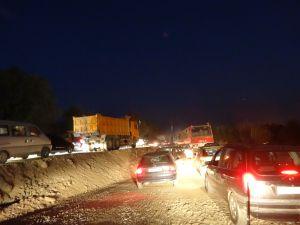 traffic jam Tajik style - it was utter chaos!