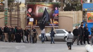 this is not an angry demonstration but a commemoration of Imam Hoessein during the month Muharam