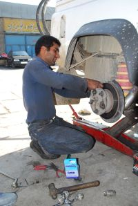 replacing the rear brakes with new Lada brakes from Tajikistan