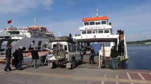 crossing from Asia into Europe across the Dardanelles